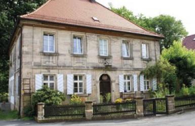 In diesem Haus in Goldmühl lebte Alexander von Humboldt zeitweise während seiner Goldkronacher Zeit.